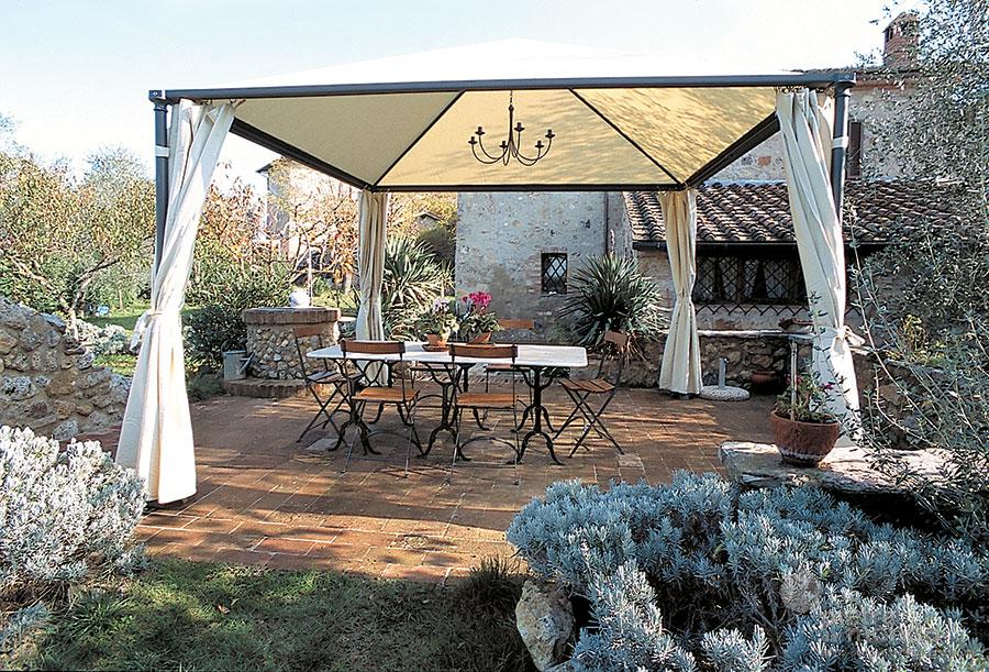 Esempi di arredo giardino for Mondo convenienza arredo giardino